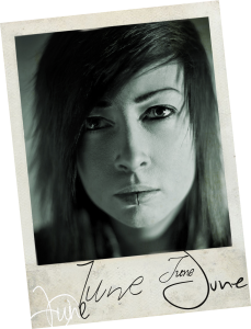 Jessy Mibes ist Initiatorin von Lezz-A-Faire und spielt darin die Rolle der June.